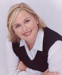 Kelly O'Neil, founder of UpLevel Strategies