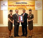 Asiana Receives World`s Best Cabin Staff Award