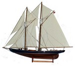 SCHOONER BLUENOSE FINISHED MODEL
