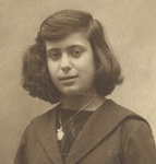 Argy as student in 1920