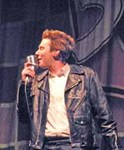 2005 Jukebox Tour: Clay Performs Elvis Song