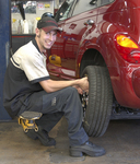 Z-CoiL Z-Duty Work Boots relieved this auto mechanic's stabbing knee pain in just a few days.