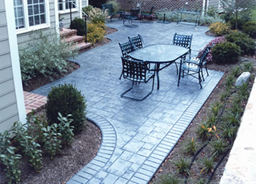 Concrete Patios: The New Material Of Choice For TodayÂu0027s PatioDecorative  Concrete Patios Offer Unlimited Design Choices For Colors, Combining  Patterns, ...