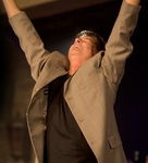 Worship Dean Goes Vertical in Biblical Worship