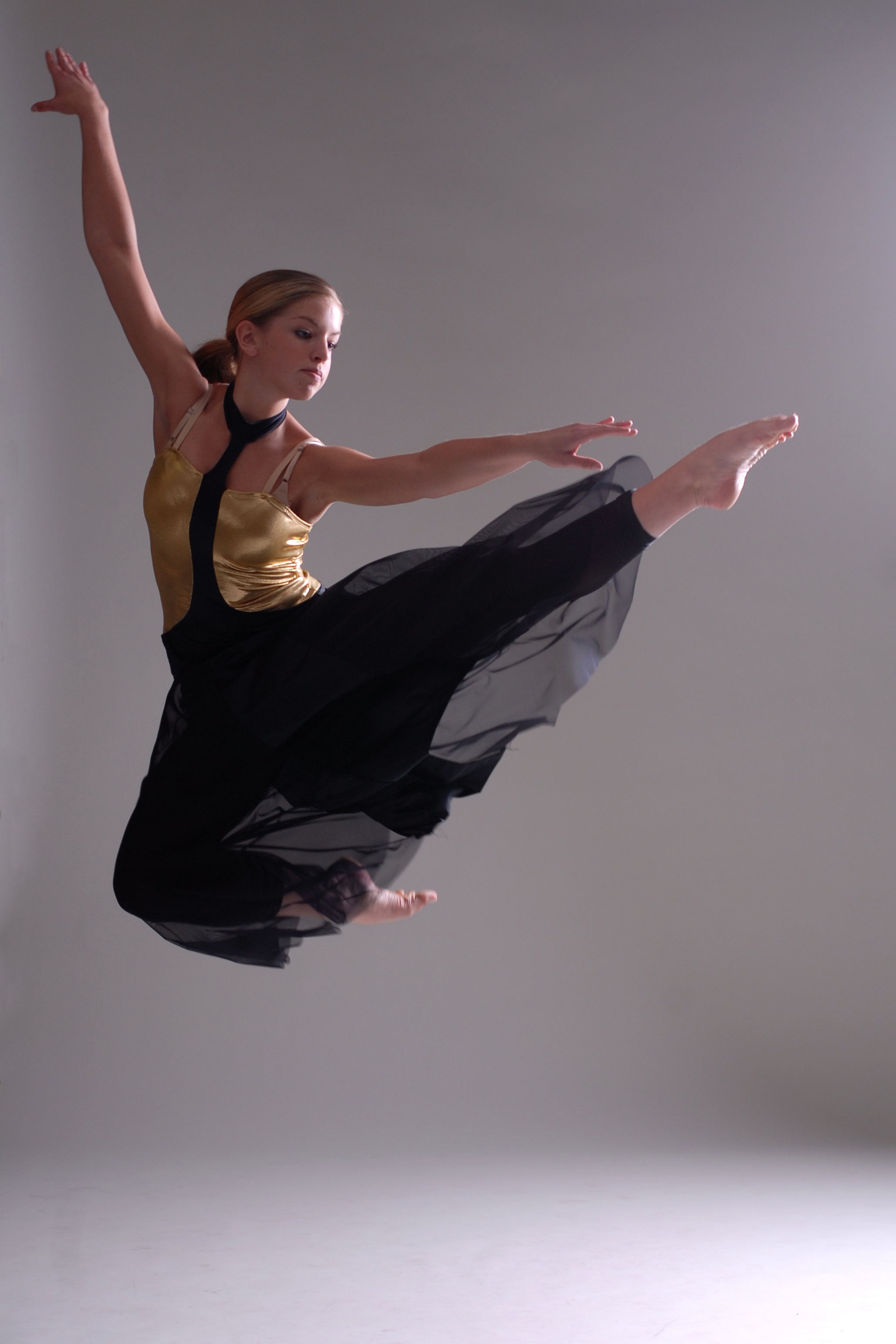 Youth Dance Company Prepares To Tour In Canada