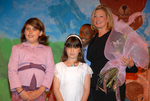 2006 Help Humanitarian Recipient Elizabeth Gabler, President of Fox 2000 with children of The Help Group during the awards ceremony at The Help Group's 29th Annual Teddy Bear Picnic in Beverly Hills, CA on June, 8, 2006.