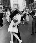 V-J Day in Times Square, NYC, 1945 ©Time Inc