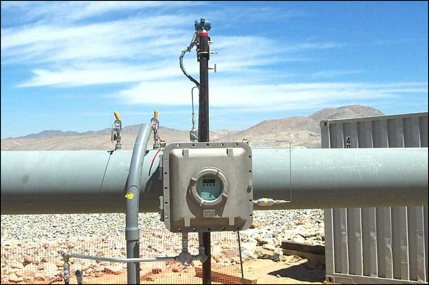 More and more, natural gas pipeline companies are turning to laser-based moisture analyzers from SpectraSensors.