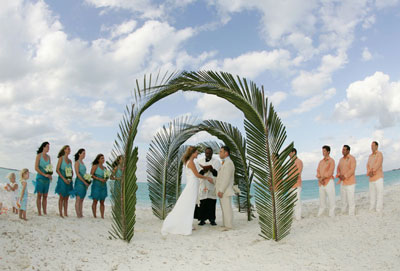 palm arch what a great location for a destination wedding
