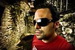 Actor Manny Perez in República Eyewear