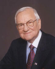 lee iacocca transformational leadership Big business ideas require heart and the right leadership  but this old- fashioned thinking doomed the likes of lee iacocca in his latter days  company  culture and business transformation that stand out in a sea of otherwise.