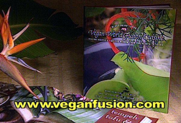 Best restaurant on kauai the blossoming lotus wins for Aura world fusion cuisine