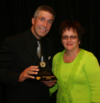 John Sawatsky and wife Cindy, Winners of the 2006 CARQUEST Excellence Award Winner