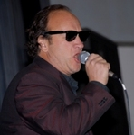 Jim Belushi Entertains over 1,000 Veterans and their Families