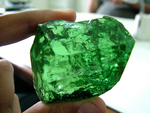 Probably largest  tsavorite  in the world