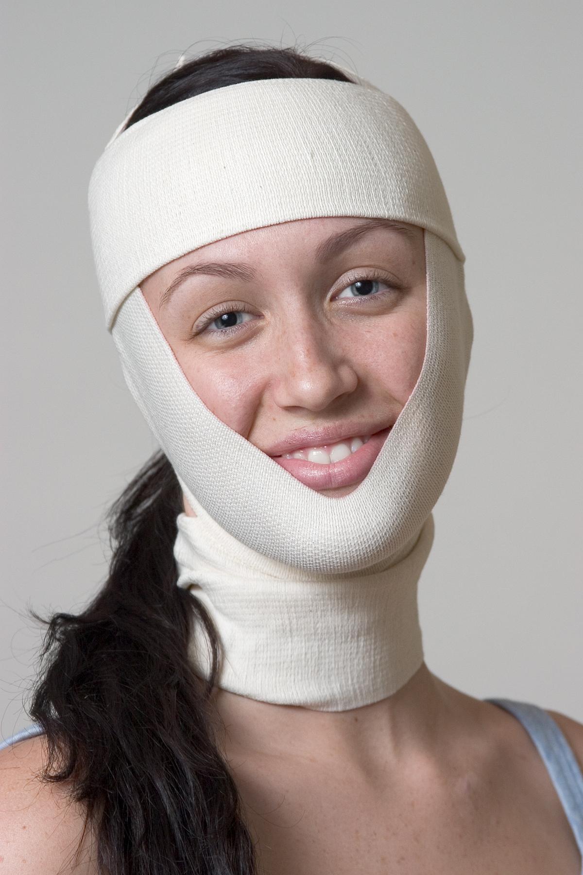 le wrap visage donne une apparence de lifting et efface vos rides sans chirurgie esth tique. Black Bedroom Furniture Sets. Home Design Ideas