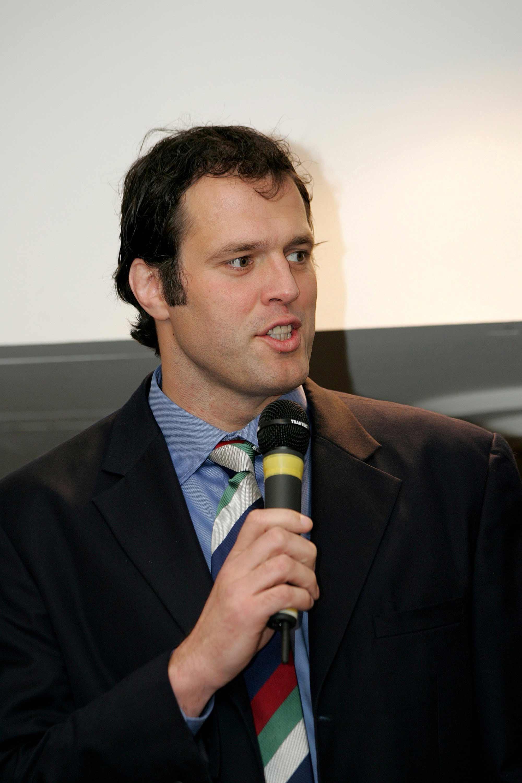 Martin Bayfield