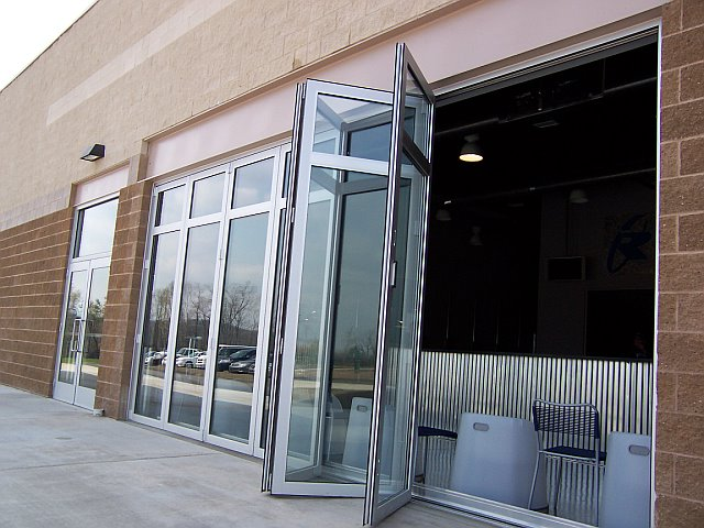 Solar innovations announces miami dade and florida for Retractable walls commercial