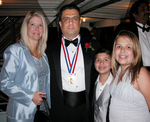 Medalist Dr. Daniel Thomas with his family