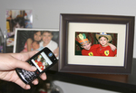 eMotion Bluetooth Digital Picture Frame