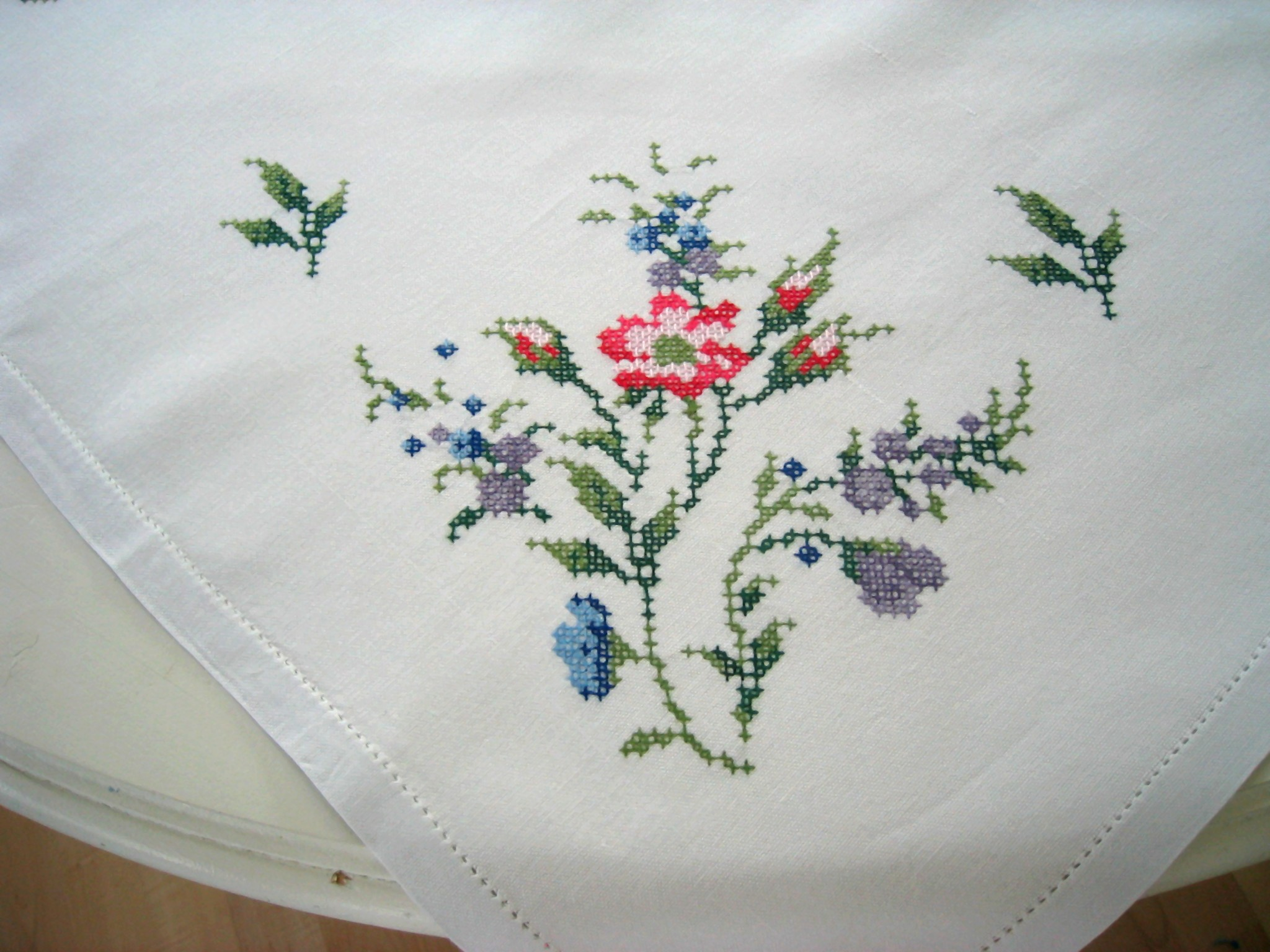 Cross Stitch Tablecloth Patterns