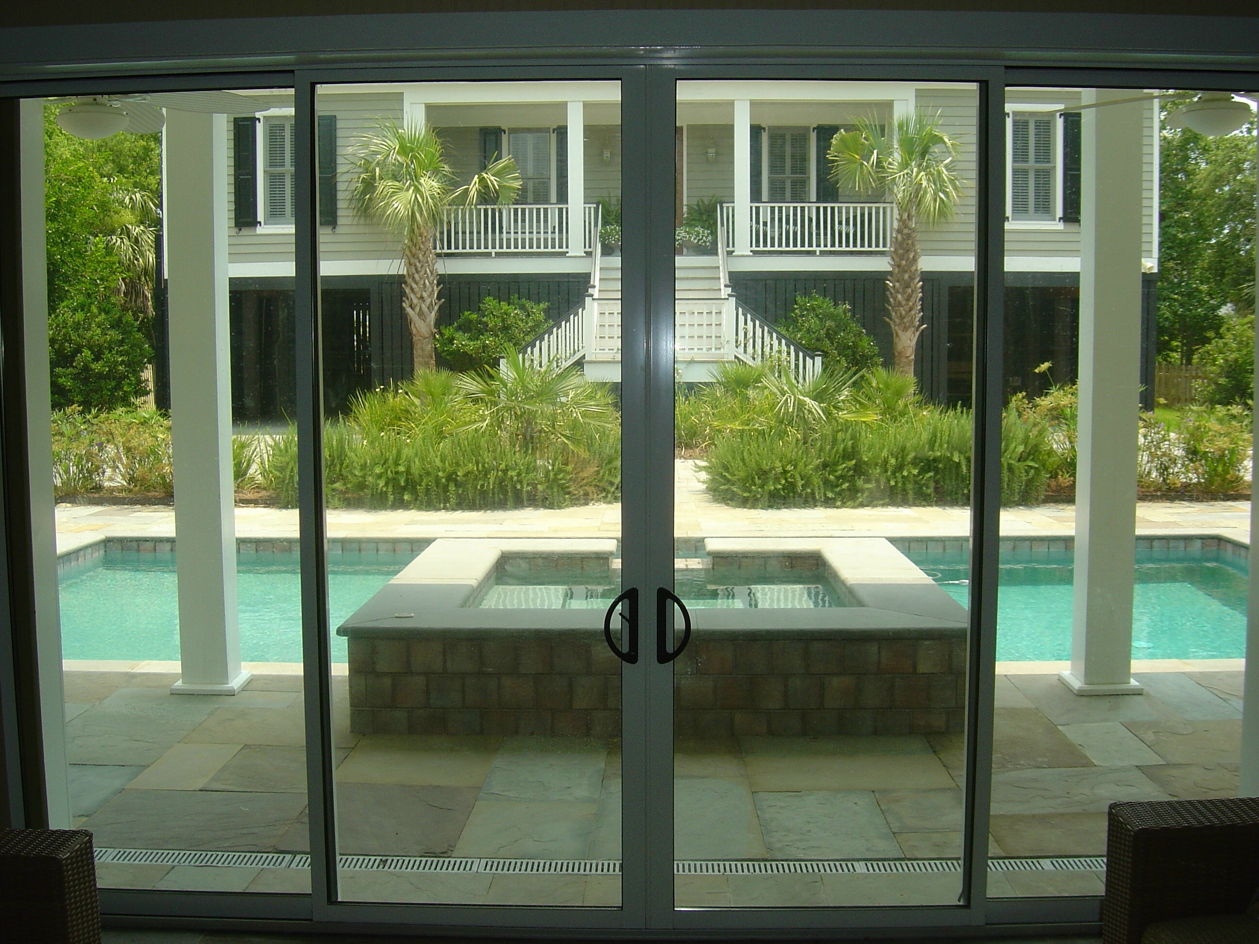 Solar innovations announces new sliding glass door for Sliding door with glass