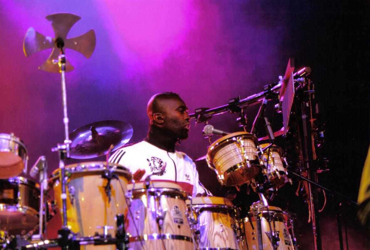 percussionist from jamiroquai  sol u00e1 akingbol u00e1  releases