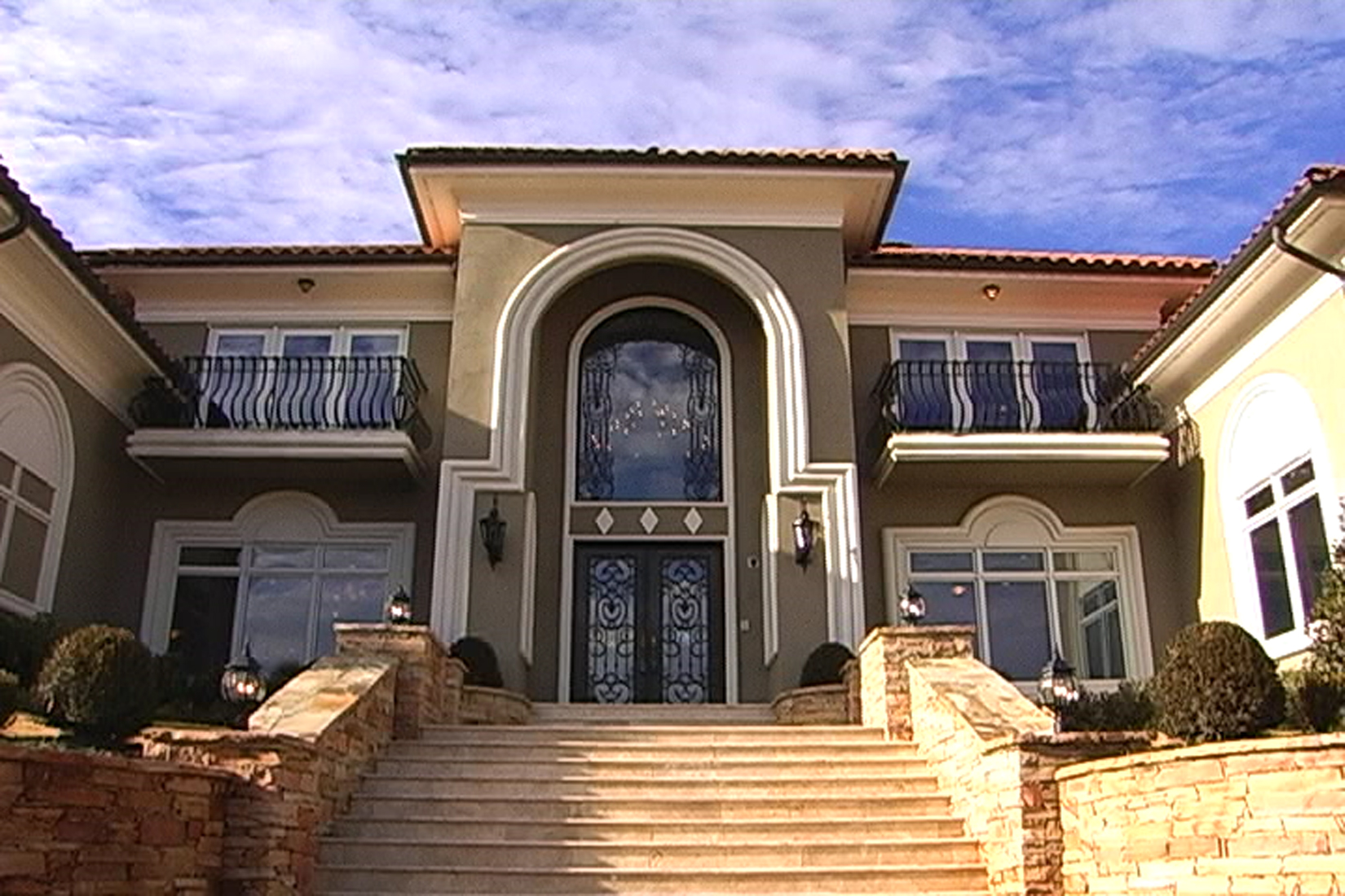 Luxury Home Near Atlanta To Be Sold At Auction On January 9 Dispels The Myth