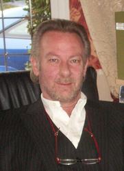 David R Mills