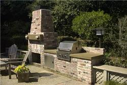 Etonnant Summer Entertaining: Outdoor Countertops Add Functionality To Backyard  Cooking Areas