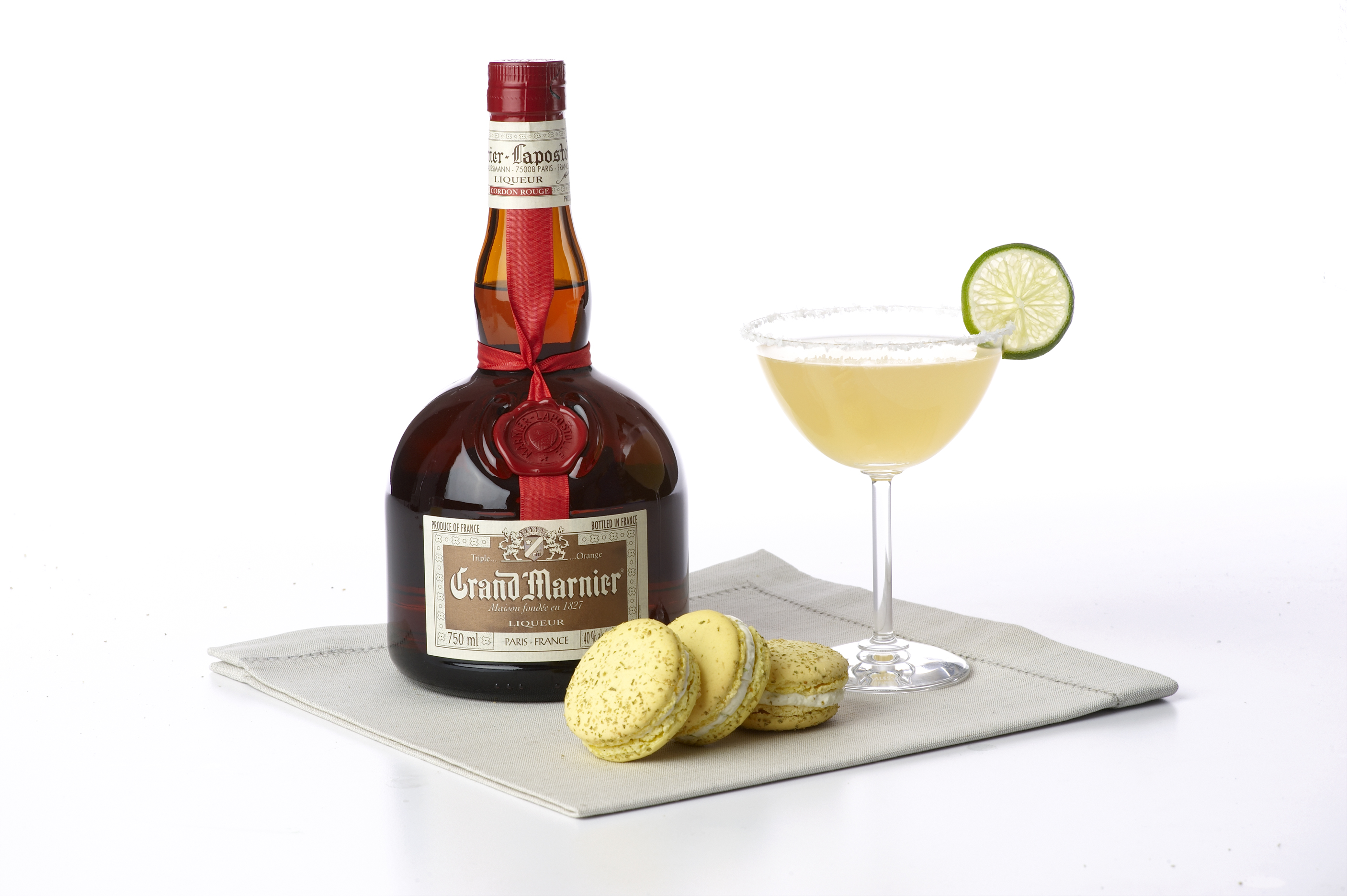 cocktails that are good enough to eat grand marnier debuts the first luxury cocktail macaroons. Black Bedroom Furniture Sets. Home Design Ideas