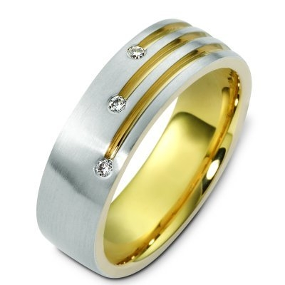 14K Diamond Wedding Band from WeddingBandcom
