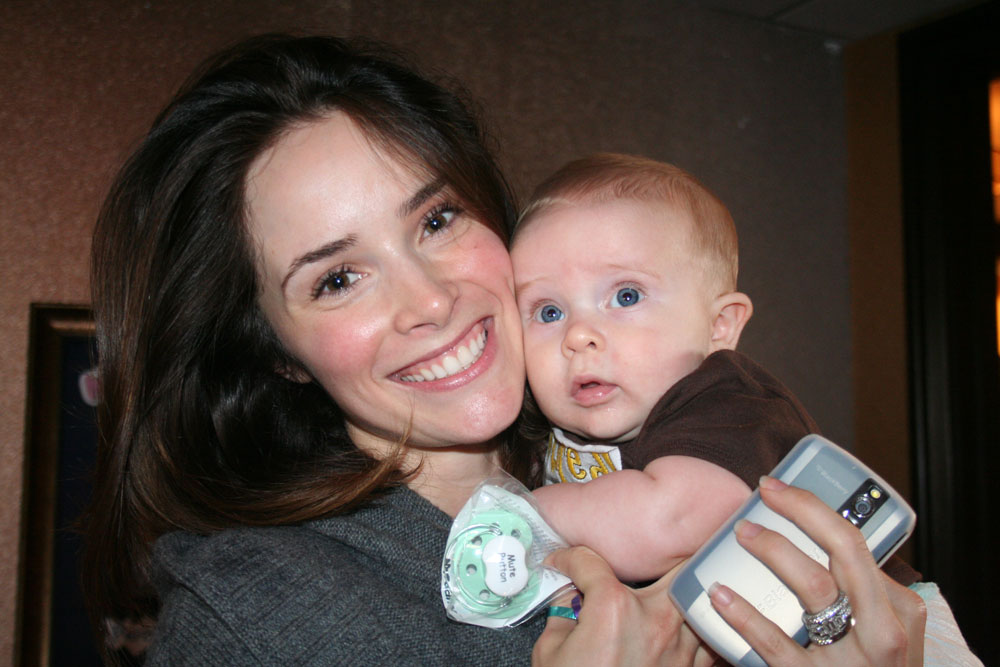 Photo of Abigail Spencer & her Son  Roman Pruett