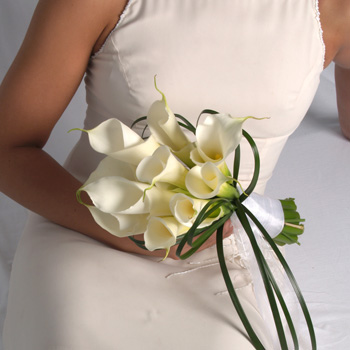 wedding flowers in a box a new solution for budget brides