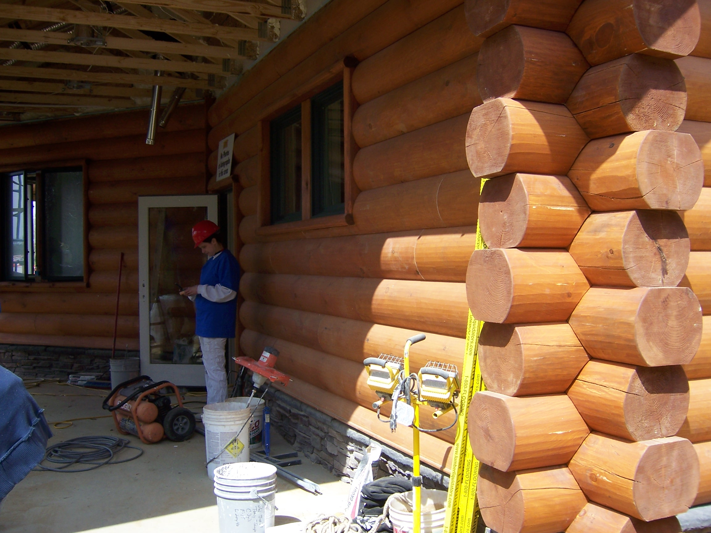 Abc S Extreme Makeover Home Edition Uses E Log Siding On