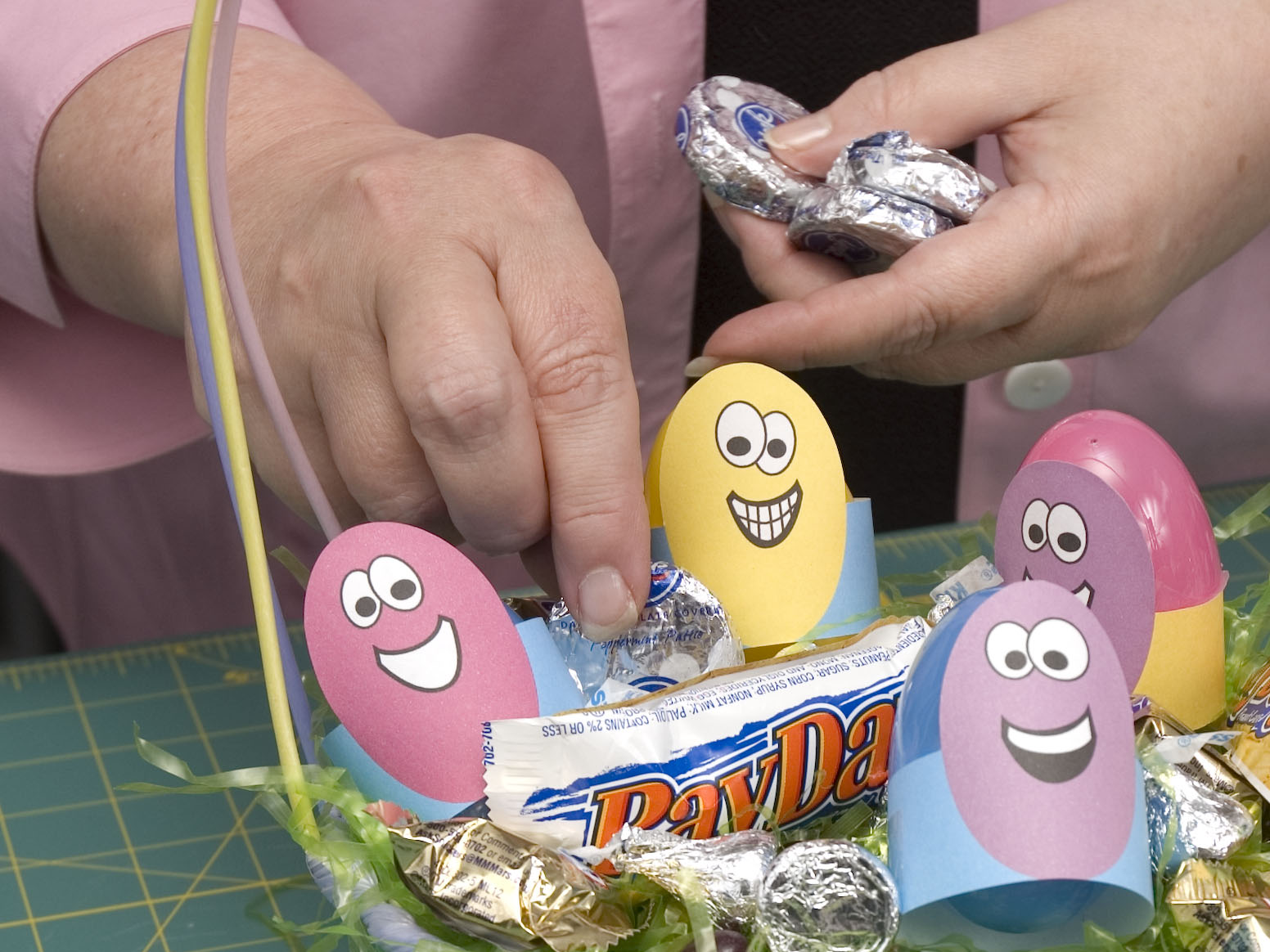 3 Easter Gifts Anyone Can Make As An Alternative To