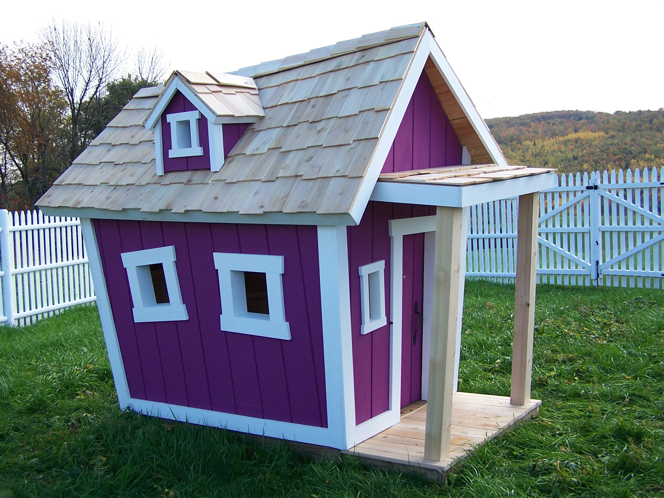 kids crooked house raising the roof for children 39 s charities. Black Bedroom Furniture Sets. Home Design Ideas