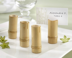 Canadian Brides go Green with Wedding Favors