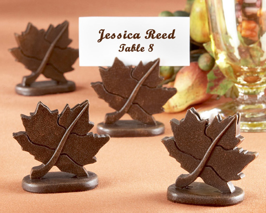 Helps couples set the mood for for Unique thanksgiving place card holders