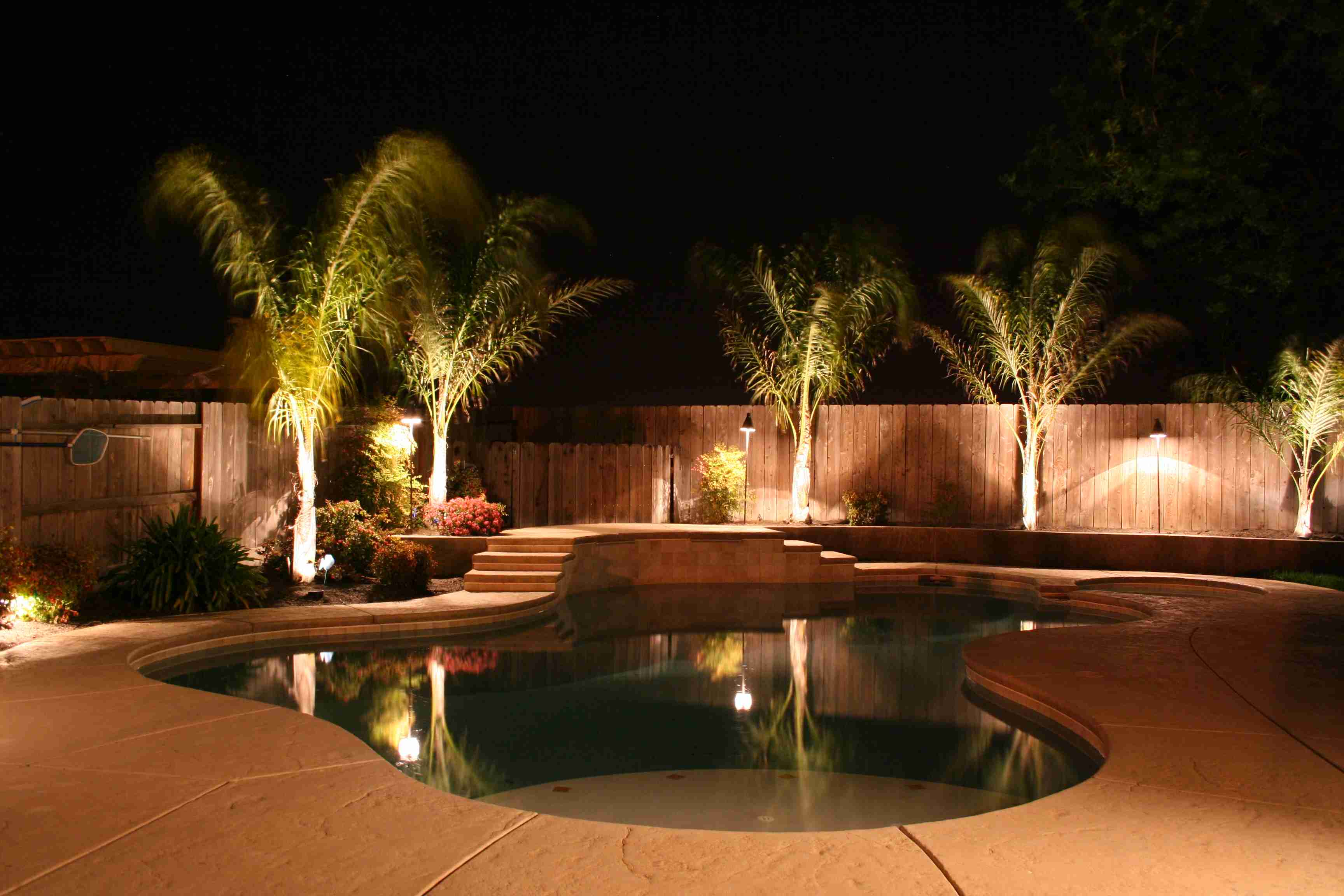 Outdoor lighting ideas that add style to the home