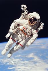 Astronauts Test Use of Nutritional Supplements in Space