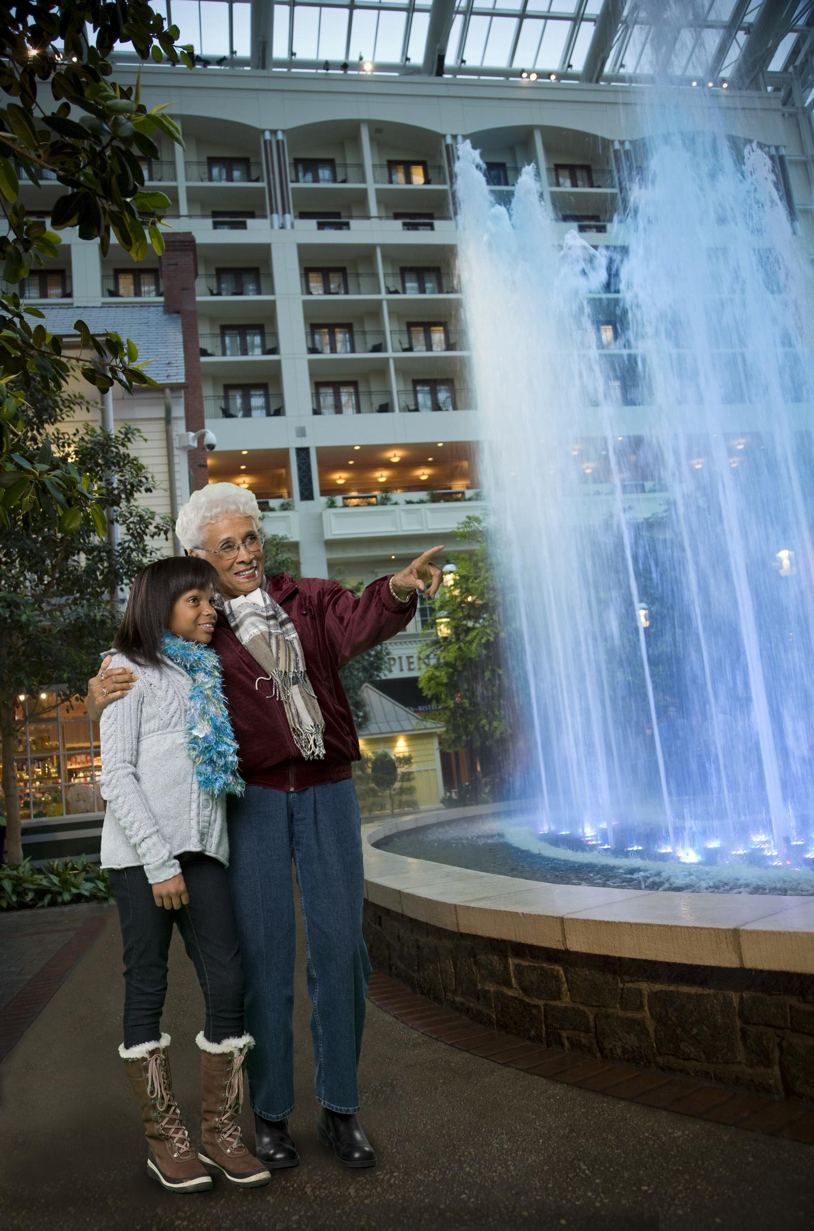 Gaylord Hotels Promotes Holiday 'Grandtravel' - Make ...