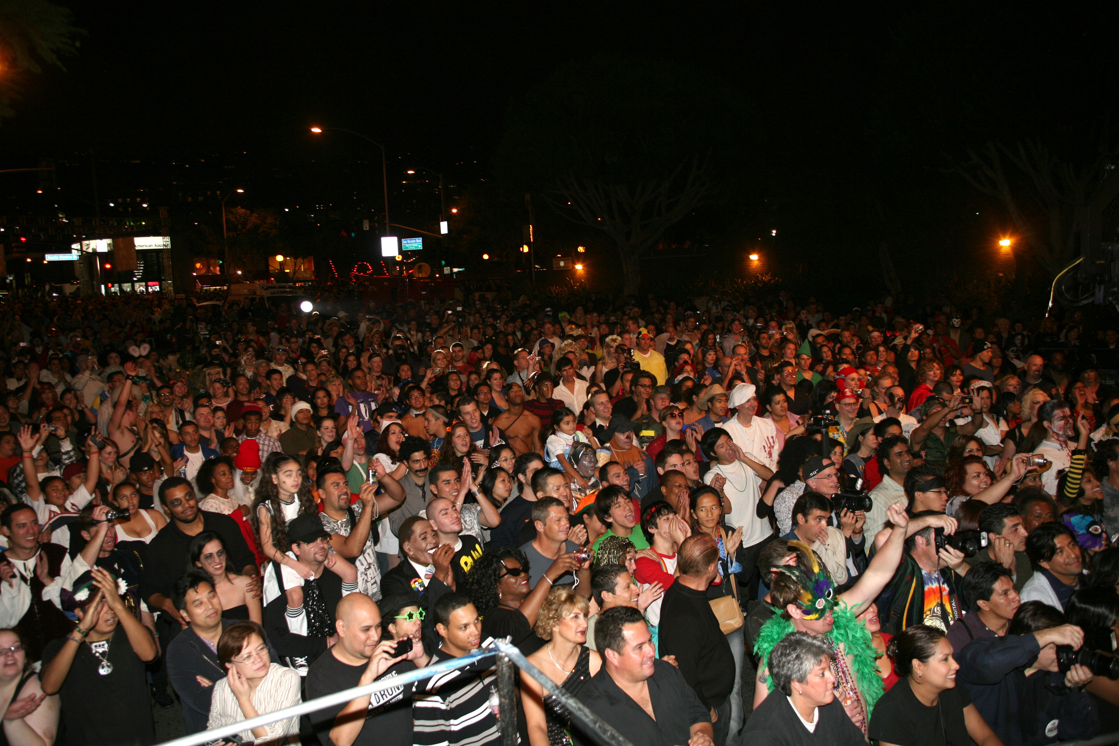 West Hollywood to Roll Out the 'Dead Carpet' for 500,000 Revelers ...