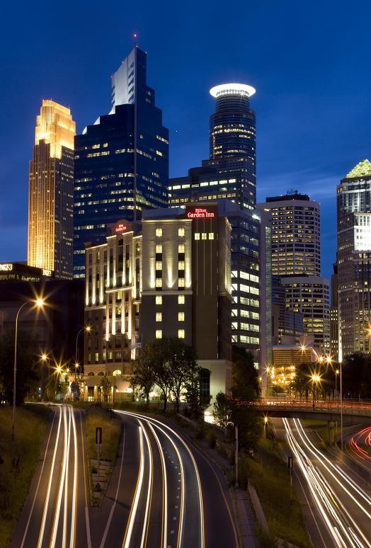 Hilton Garden Inn Minneapolis Installs Flyte Systems 39 Solutions For Airline Travelers