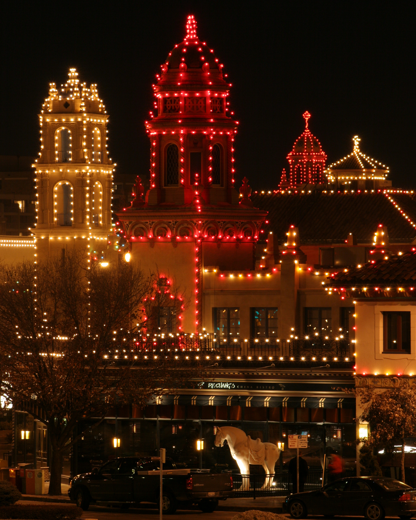 Unwrap A Quot Season Of Magic Quot With Kansas City S New Holiday