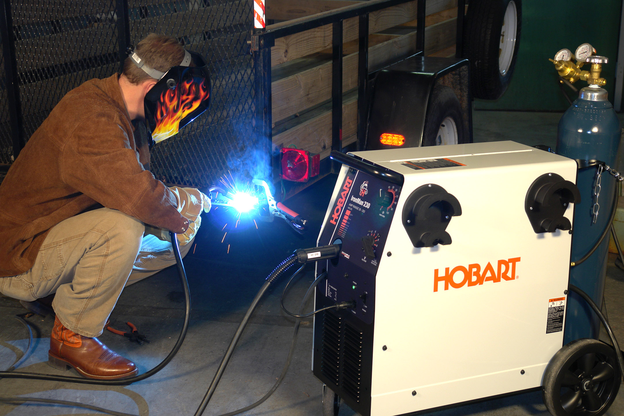 Hobart Mig Welder >> Hobart Introduces IronMan™ 230 All-in-One MIG Welder with Superior Arc Quality and Greater Precision
