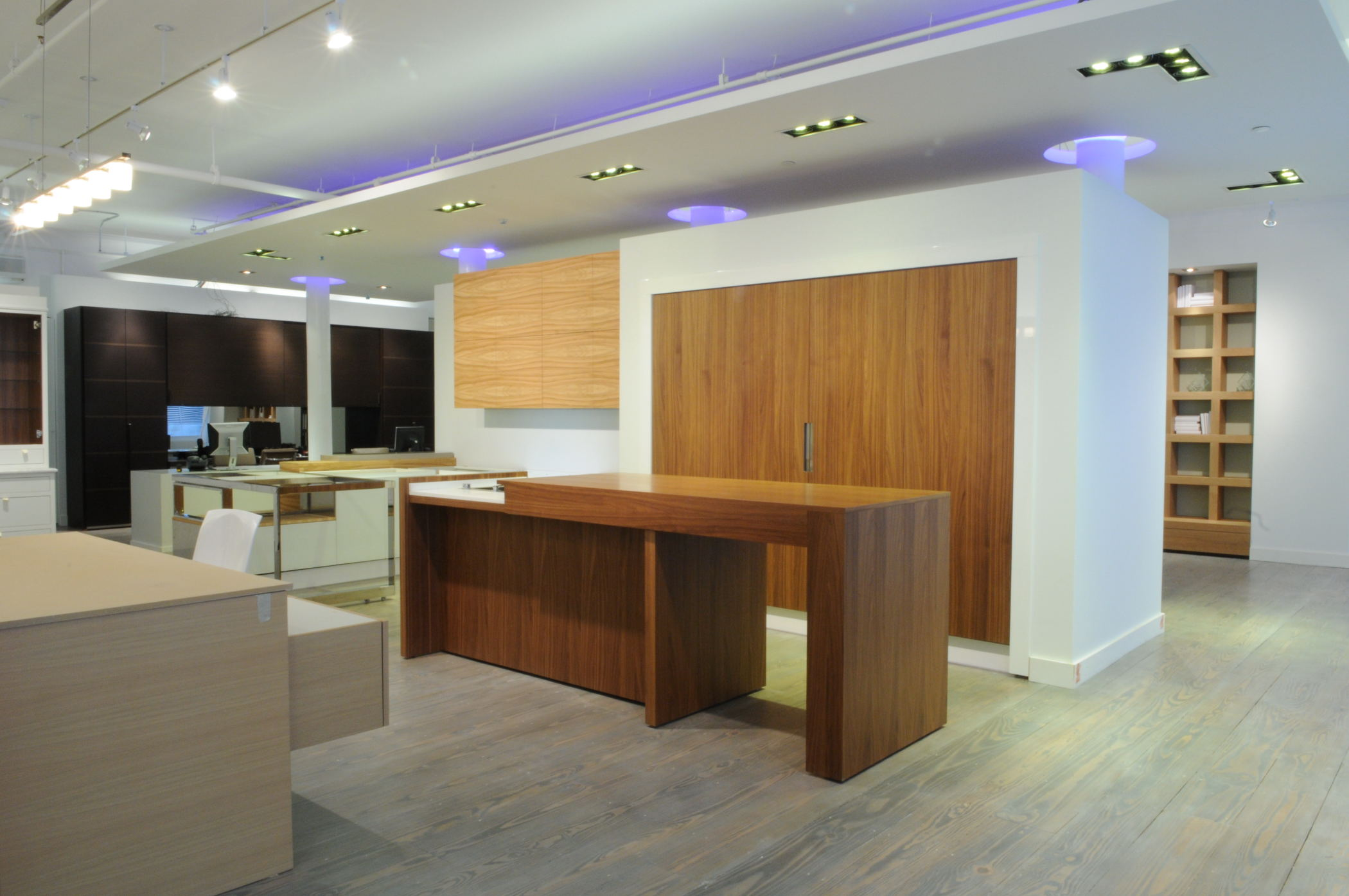Urban homes announce the opening of the new urban homes for Aster cucine kitchen cabinets