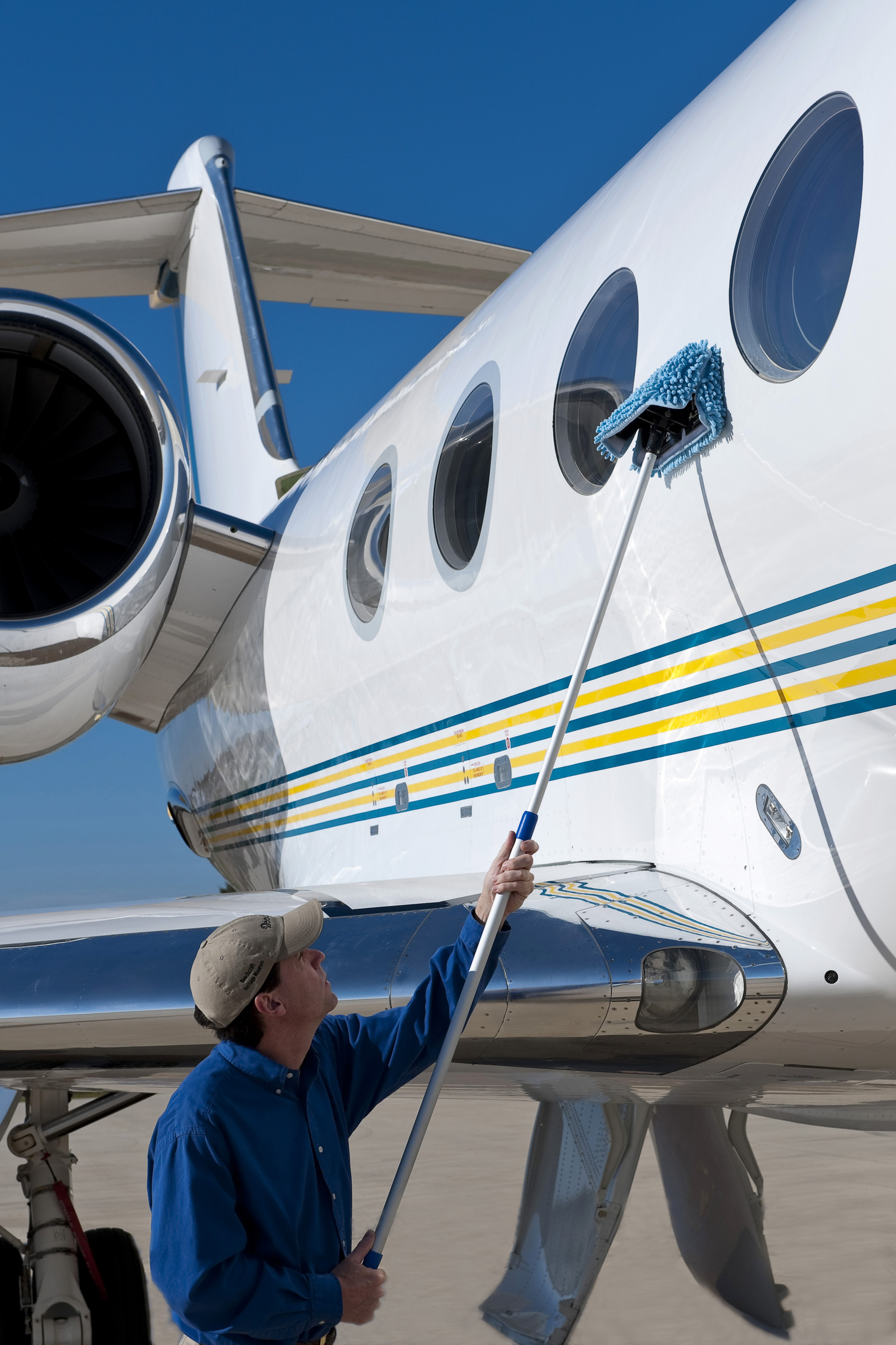 New Wash Wax Mop Advances Waterless Aircraft Cleaning State Of The Art