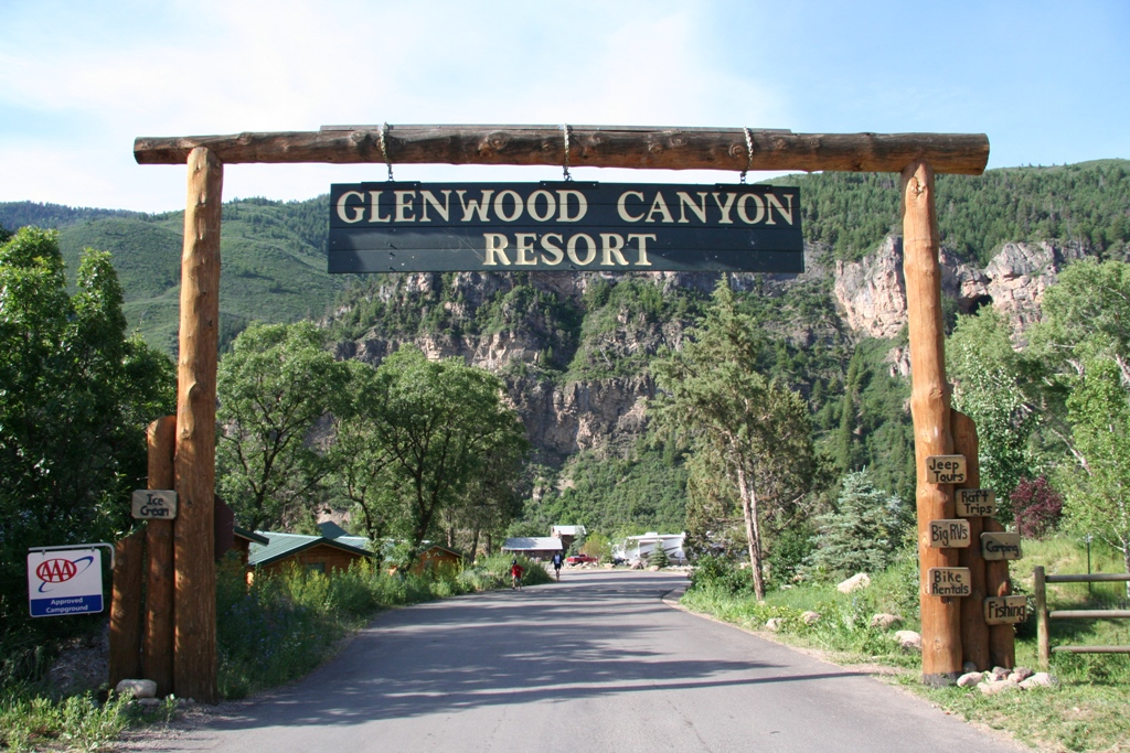 glenwood canyon resort begins work on new zipline across