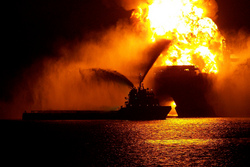 lawyer, attorney, oil rig explosion, gulf coast, houston, legal, jones act, Arnold & Itkin, transocean, Gulf of Mexico, maritime law, coast guard, Texas, Louisiana